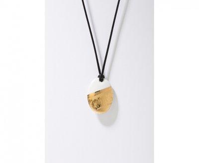 Ilse Collectie goud ovaal porseleinen ketting hanger