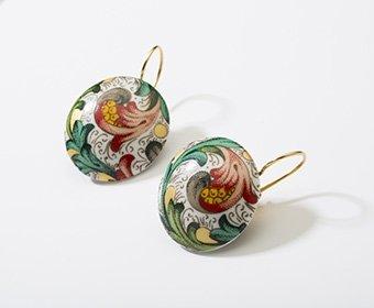 Mediaan Collectie rond porseleinen oorhangers