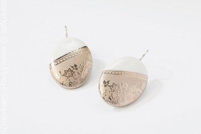Ilse Collectie platina ovaal porseleinen oorhangers