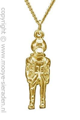 Gouden Helmduiker ketting hanger