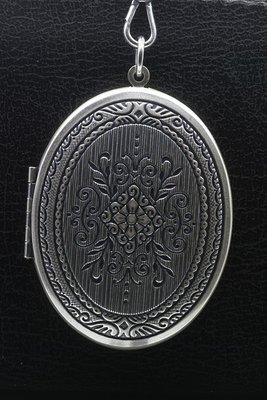 Foto medaillon Ovaal fantasy 2 foto's ketting hanger zwaar verzilverd