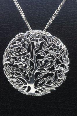 Zilveren Levensboom bol ketting hanger