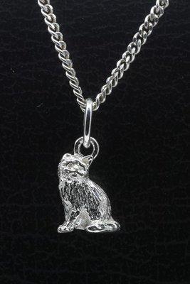 Zilveren Pers zittend klein ketting hanger