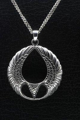 Zilveren Arend in vleugelring ketting hanger