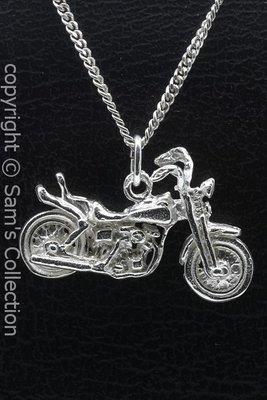 Zilveren Harley motor met springervoorvork ketting hanger
