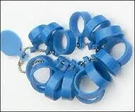 Pas ringen kunststof blauw maat 15 - 22 mm. voor brede ringen