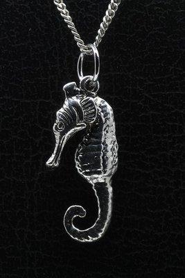 Tinnen Zeepaard ketting hanger