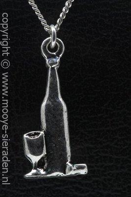 Wijnfles met glas ketting hanger Zilvermetaal