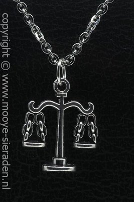 Weegschaal ketting hanger Zilvermetaal