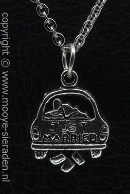 Auto Just Married ketting hanger Zilvermetaal