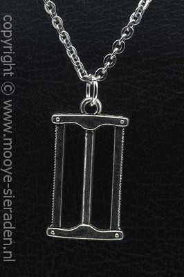 Timmermanszaag ketting hanger Zilvermetaal