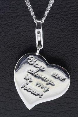 Zilveren Hart met tekst You are always in my heart hanger én bedel