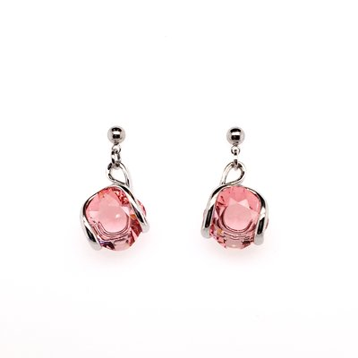 Oorstekers design met rosé swarovski kristal