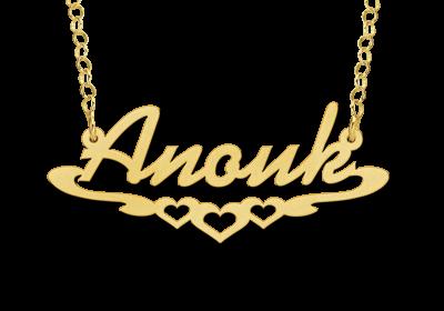 Gouden Naamketting lettertype Anouk met hartjes