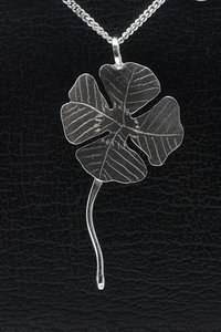 Zilveren Klaver 4 blad ketting hanger - groot