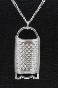 Zilveren Kaas rasp ketting hanger