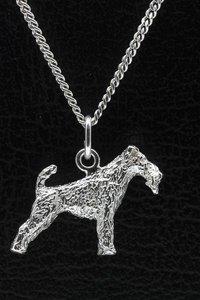 Zilveren Fox terrier draadhaar ketting hanger - groot