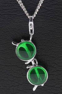 Zilveren Zonnebril met ronde glazen groen hanger én bedel